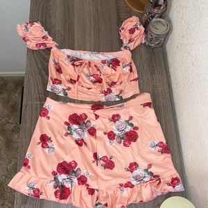Two pieces floral set with mini skirt
